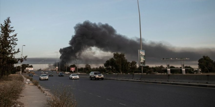 Libya'da Darbeci Hafter Güçleri Bombardıman Altında