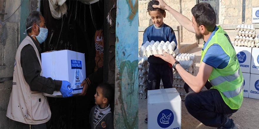 Gazze ve Suriye'de Kumanya Dağıtımına Başlandı
