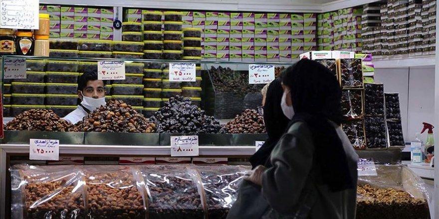 İran'da Kovid-19 Salgınında Can Kaybı 6 Bin 589'a Yükseldi