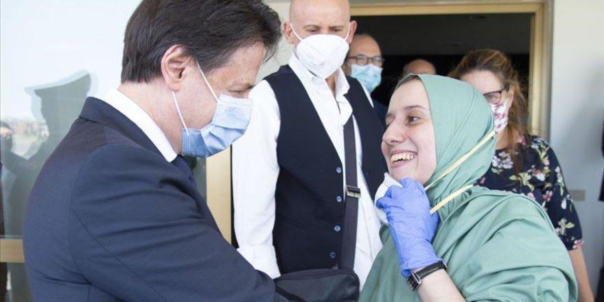 Müslüman Olan Silvia Romano'ya Faşistlerden Nefret Mesajı
