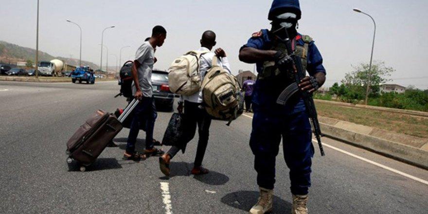 Nijerya'da Sokağa Çıkma Yasağına Uymayan 11 Kişi Öldürüldü