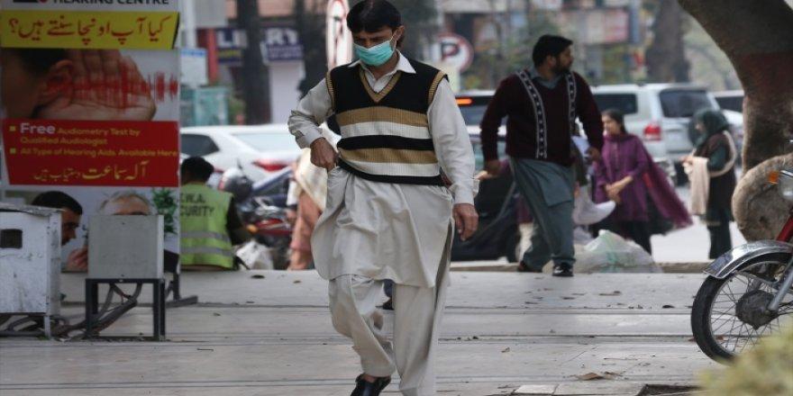 Pakistan'da Kovid-19'a Yakalananların Sayısı 40 Bini Aştı