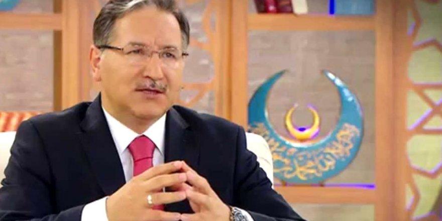 """""""Türkçülük-Kürtçülük Yapmak Haramdır"""" Diyen Mustafa Karataş'a Sosyal Medya Linci"""