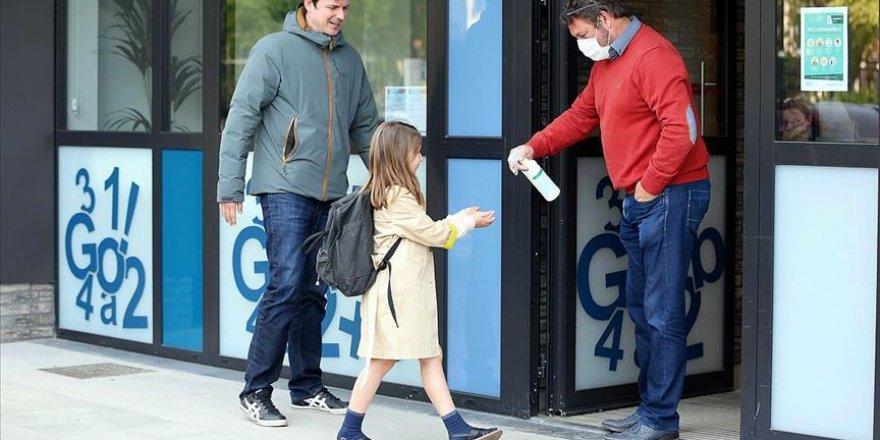Belçika'da Okullar Kademeli Olarak Açıldı
