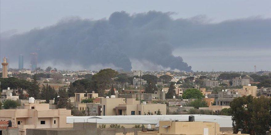 Libya'da Hafter Milisleri Bayram Sabahında Başkenti Bombaladı