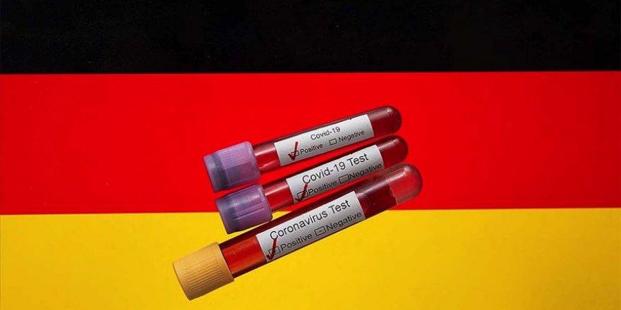 Almanya'da koronavirüs rakamlarında rekor