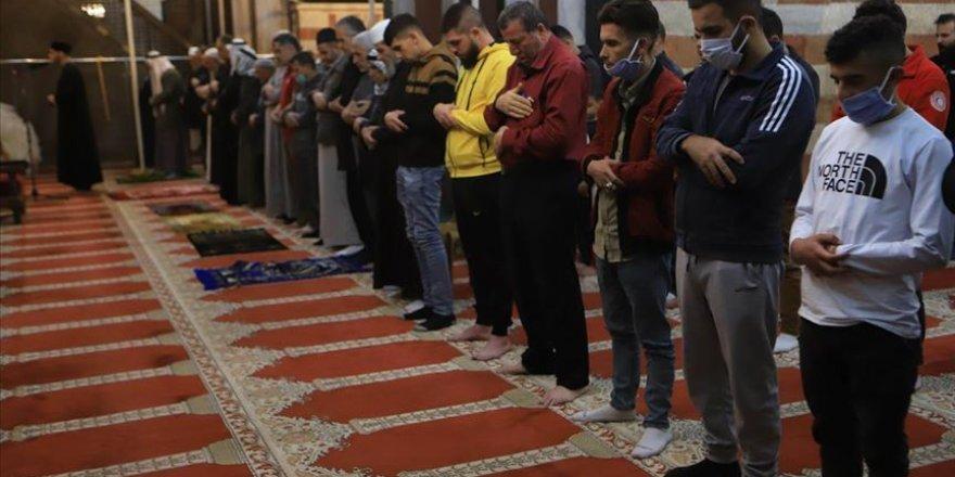 Batı Şeria'daki Harem-i İbrahim Camisi ve Doğuş Kilisesi İbadete Açıldı
