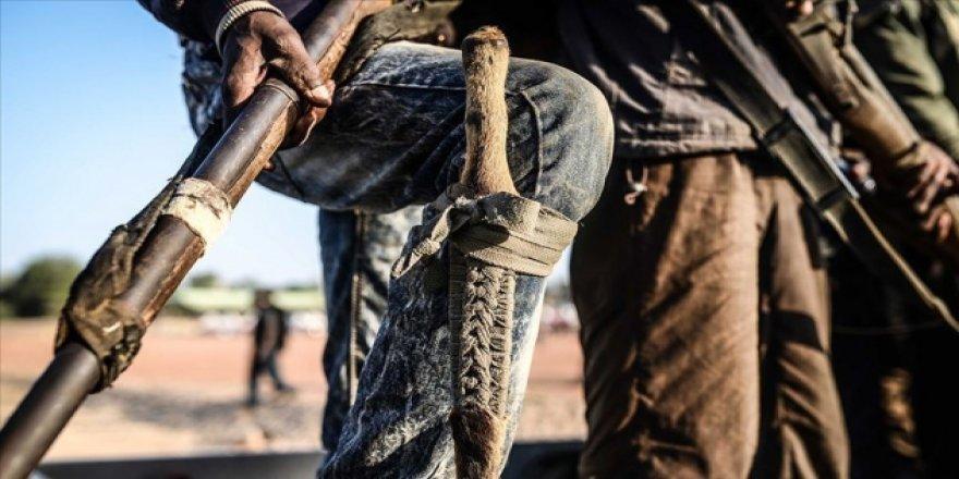 Nijerya'da Birden Fazla Silahlı Saldırı: En Az 60 Kişi Hayatını Kaybeti