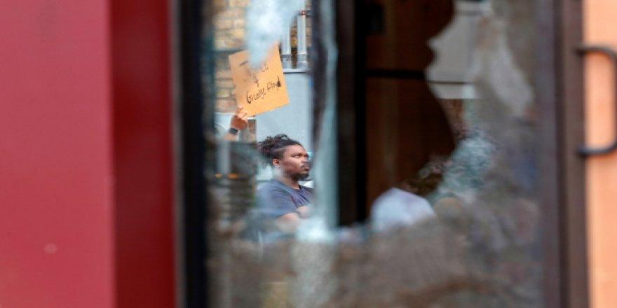 ABD'deki Şiddetten En Çok Siyahiler Etkileniyor