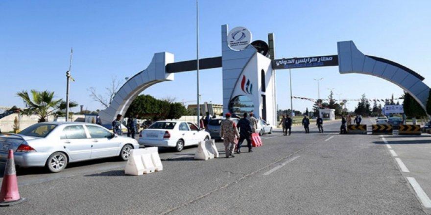 Libya Ordusu Uluslararası Trablus Havalimanı'na Girdi