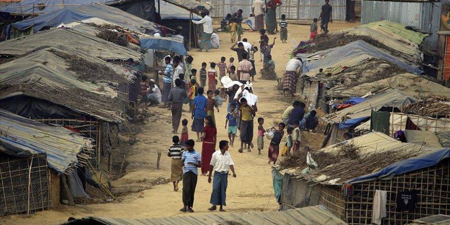 Bangladeş'teki Arakanlı Müslümanların Kampında Kovid-19 Nedeniyle İlk Ölüm Gerçekleşti