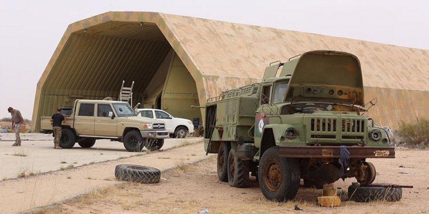 Libya Ordusu, Stratejik Yermuk Askeri Kampı Çevresinde Kontrolü Sağladı