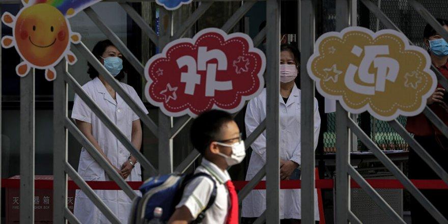 Çin'de Anaokulundaki Çocuklara Bıçaklı Saldırı!