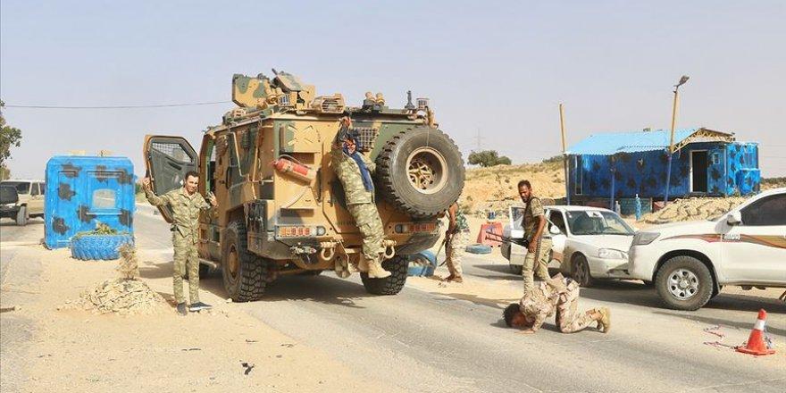 Libya Ordusu Hafter Milislerinin Terk Ettiği Beni Velid Kentine Girdi