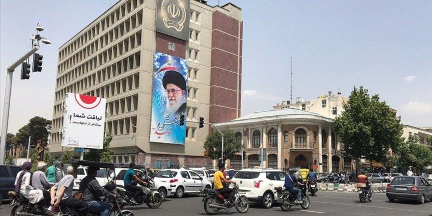 İran'da Kovid-19 Kaynaklı Can Kaybı 8 Bin 209'a Yükseldi