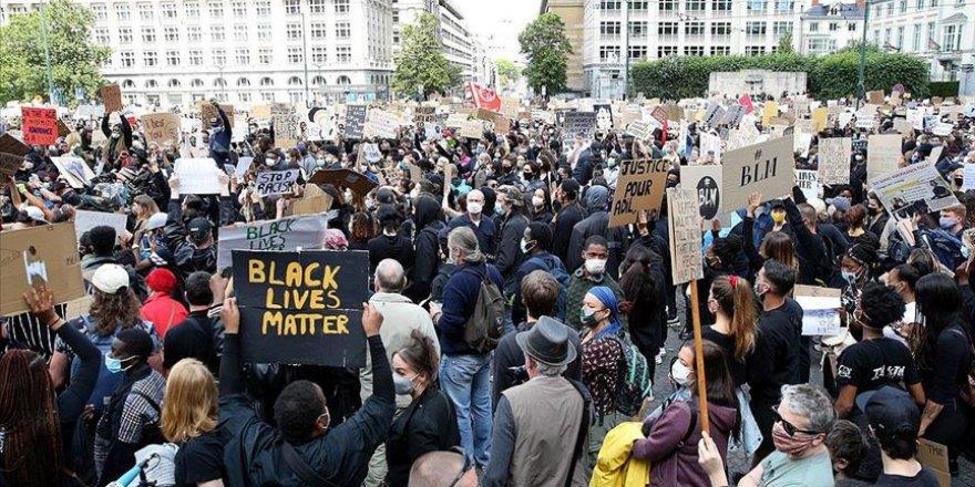 Brüksel'de Binlerce Kişi Irkçılık ve Polis Şiddetini Protesto Etti