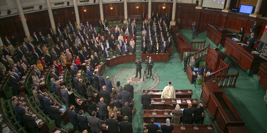 Nahda'dan Meclisin Feshedileceği İddialarına Tepki