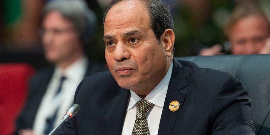 """""""Sisi, İsrail'in İmajını Düzeltmeye Çalışıyor"""""""