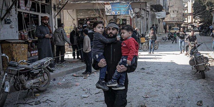 Rusya ve Esed Rejiminin Saldırılarında 5 Bin 800 Sivil İdlib'ten Göç Etmek Zorunda Kaldı