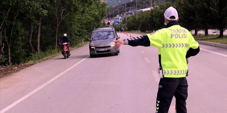 18 Bin Sürücüye 'Cep Telefonu' Cezası