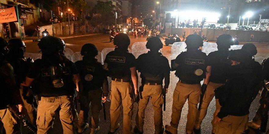 Lübnan'da Ekonomik Kriz Protestolarında 10 Kişi Yaralandı