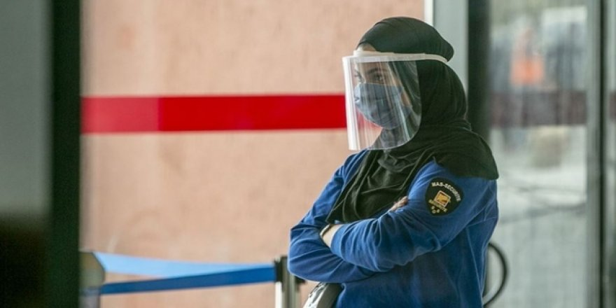 Cezayir 19 Vilayette Sokağa Çıkma Yasağını Kaldırdı