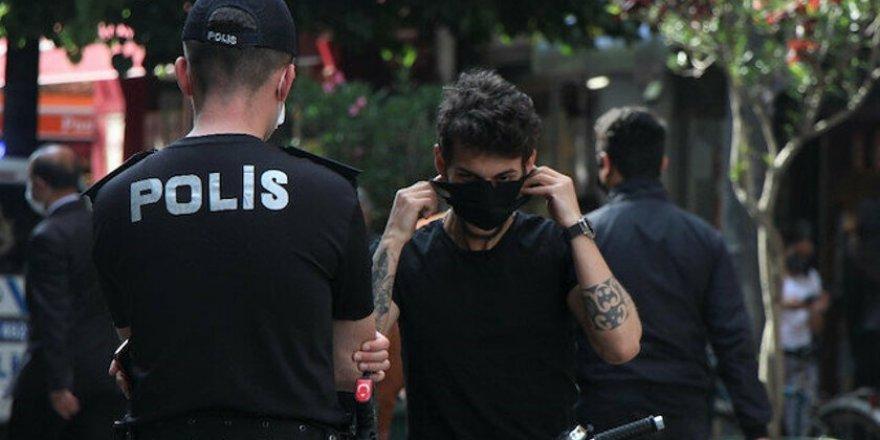 Yarından İtibaren Maske Takmamanın Cezası 900 Lira