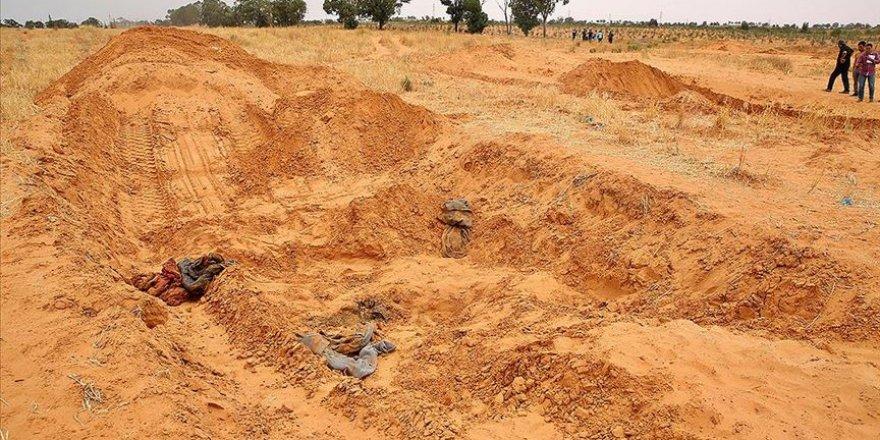 UCM: Libya'daki Toplu Mezarlar Savaş Suçuna Delil Teşkil Edebilir