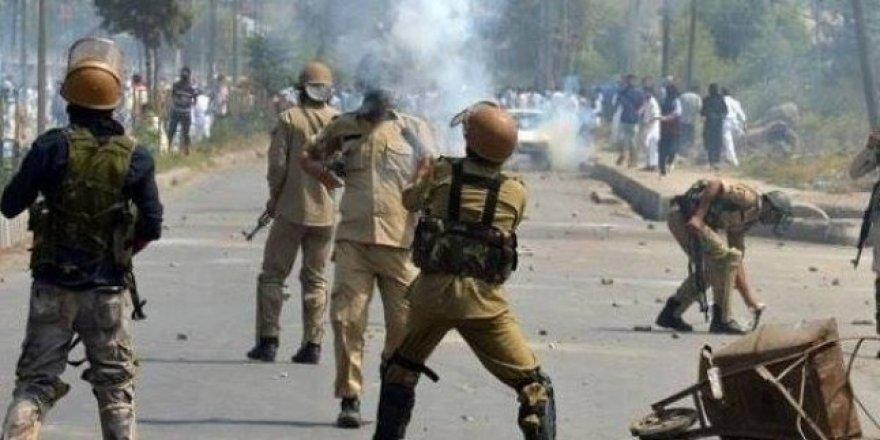 Hindistan rejimi Keşmir'in kimliğini değiştiriyor