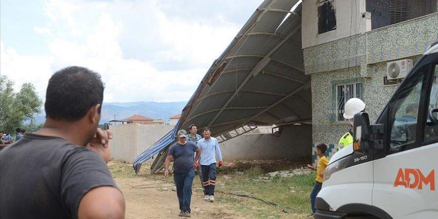 Aydın'da Hortum 20 Evde Hasara Yol Açtı