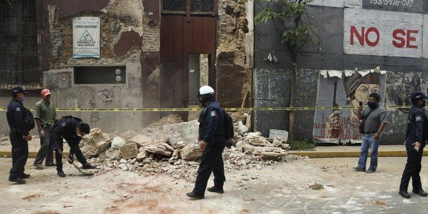 Meksika'daki Depremde İlk Belirlemelere Göre 5 Kişi Öldü