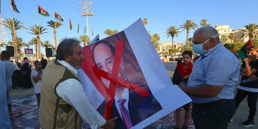 Enver Sedat'ın İzinden: Sisi'nin Libya'daki Güç Gösterisi