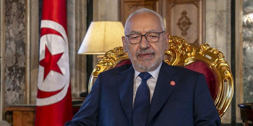 Tunus Meclis Başkanı Gannuşi'den Milletvekillerine Sükunet Çağrısı
