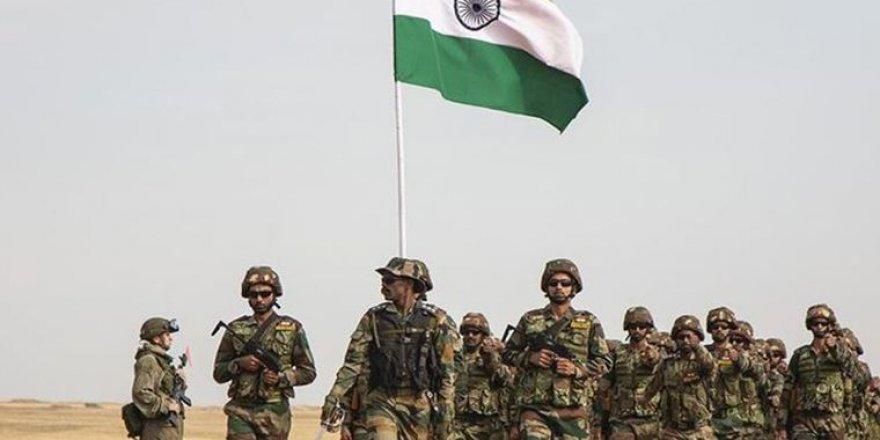 Hindistan Çin Sınırına Füze Savunma Sistemi Konuşlandırdı