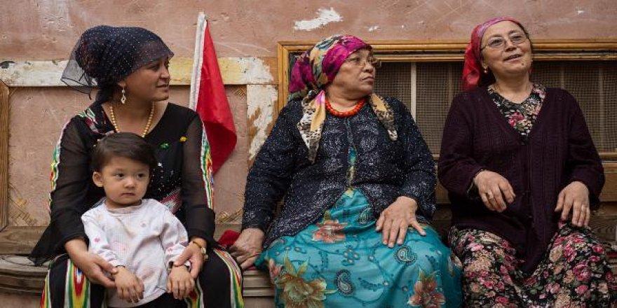 """Çin'den Uygurlara Yönelik """"Demografik Soykırım"""""""