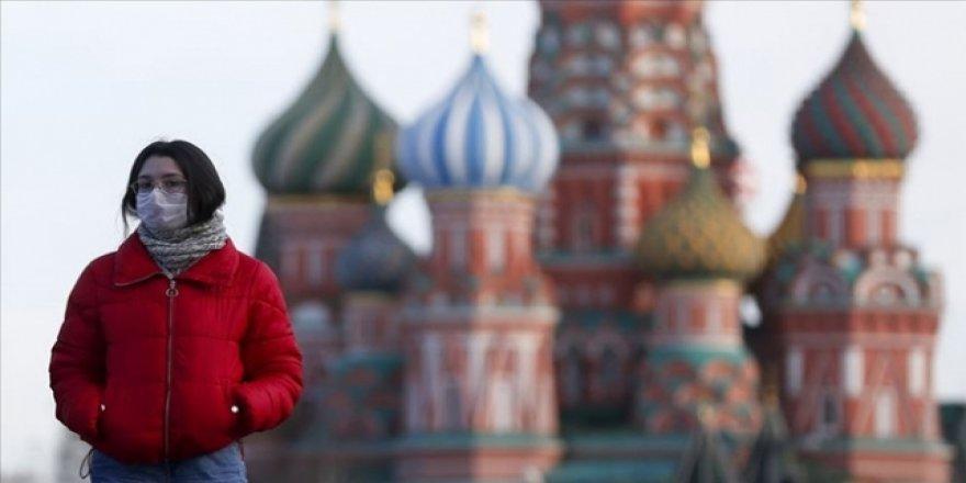 Rusya'da Koronavirüs Vaka Sayısı 681 Bini Geçti