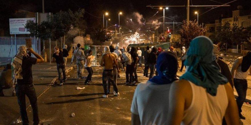 Kudüs'te İşgal Güçleri İle Filistinli Gençler Arasında Şiddetli Çatışmalar Yaşandı