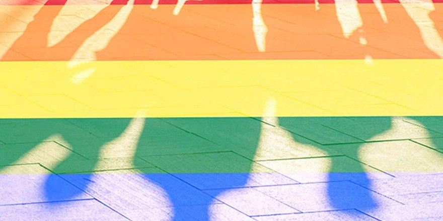 ''LGBT Biyolojik Olmaktan Ziyade Kimlik Patolojisidir''