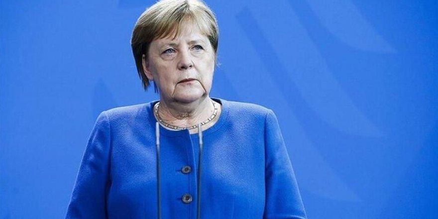 Angela Merkel: Avrupa Tarihinin En Zor Durumunda