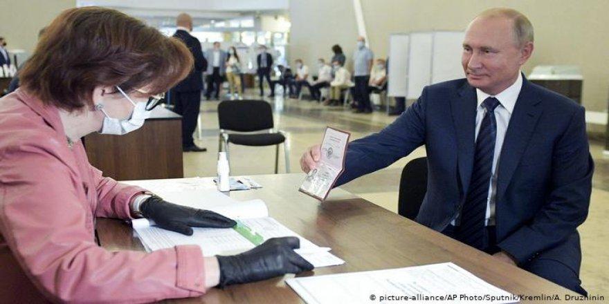ABD ve AB'den Rusya'daki Referanduma Eleştiri