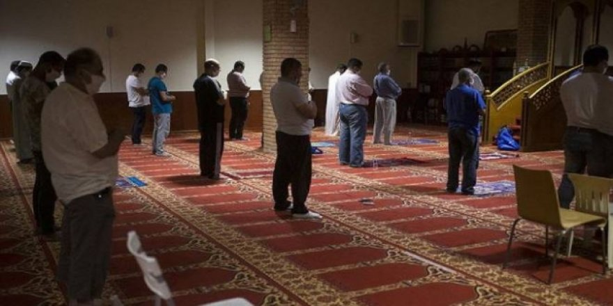 Yunanistan'da Müslümanlara Ait İbadet Yeri Kapatıldı