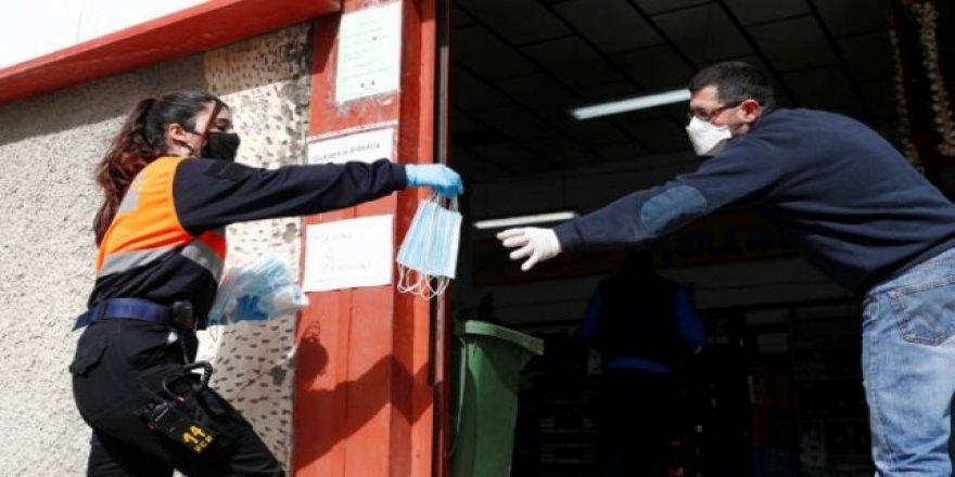 Balkan Ülkelerinde Vakalar Arttı, Bazı Tedbirler Geri Getirildi