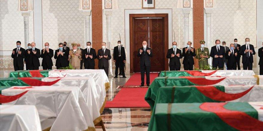 Cezayir İle Fransa Arasında Çözüm Bekleyen Tarihi Meseleler Yeniden Gündemde
