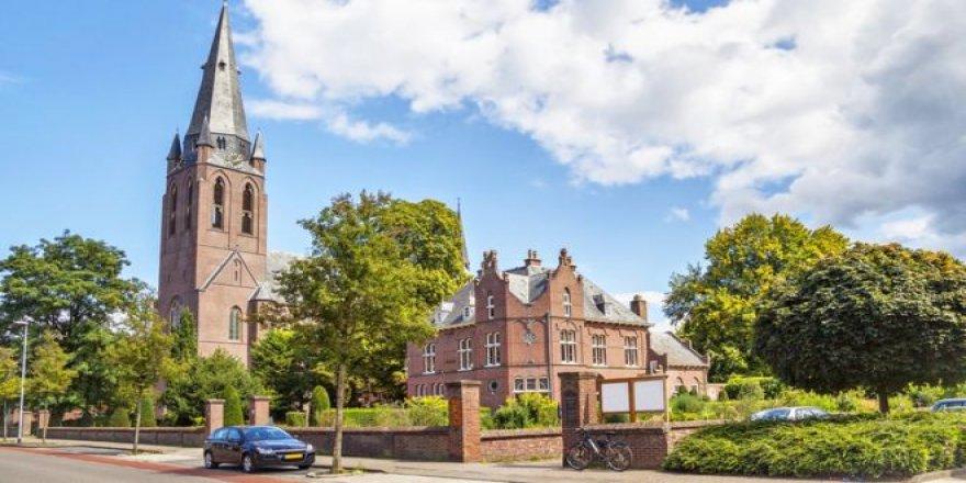 Hollanda'da Üniversitenin Kadın Akademisyenlere Öncelik Veren Kararı Eşitliğe Aykırı Bulundu