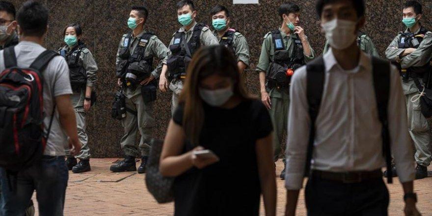 Hong Kong'da Polise Yeni Yetkiler Verildi