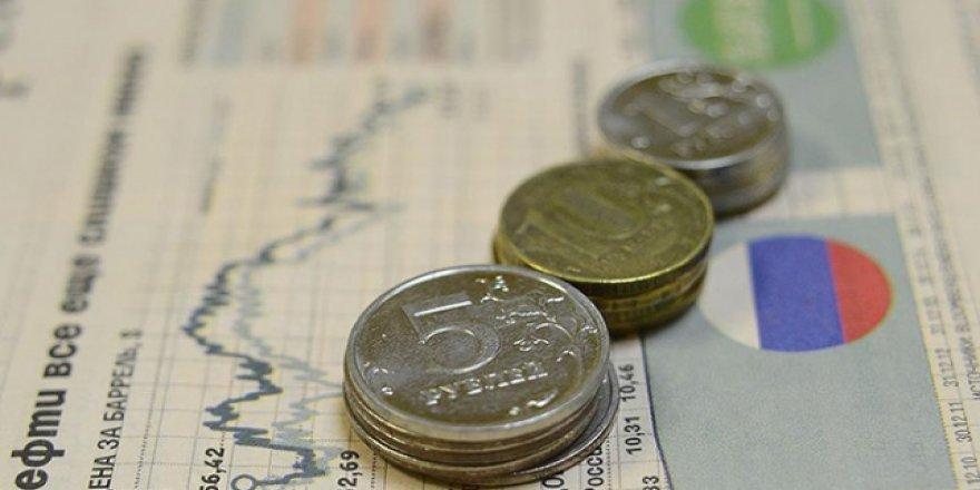 Rusya'da Ekonomik Kriz Uyarısı: En Zorlu Dönem Yeni Başlıyor
