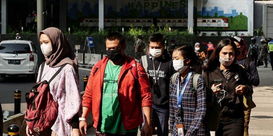Endonezya'da Kovid-19 Nedeniyle 2 Yıl Kamu Personeli İstihdamı Yapılmayacak