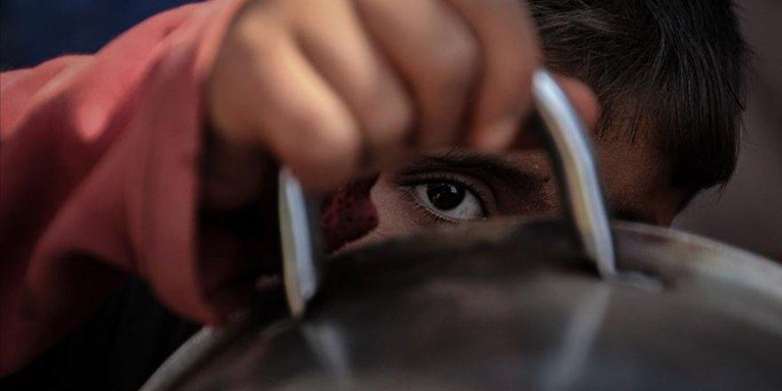 BM: 'Kovid-19 Salgını, 250 Milyon İnsanı Açlık Sınırına İtti'