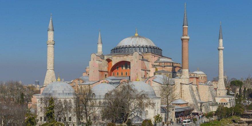 Orhan Pamuk'un Sekülerizmi Meğer Müzede Saklıymış!