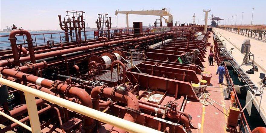 Hafter Libya Ekonomisinin Can Damarı Petrol Üretimini Kesmeye Devam Edecek